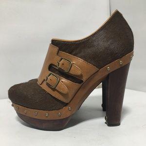 Size 7 UGG Platform Brown Ankle Heeled Booties
